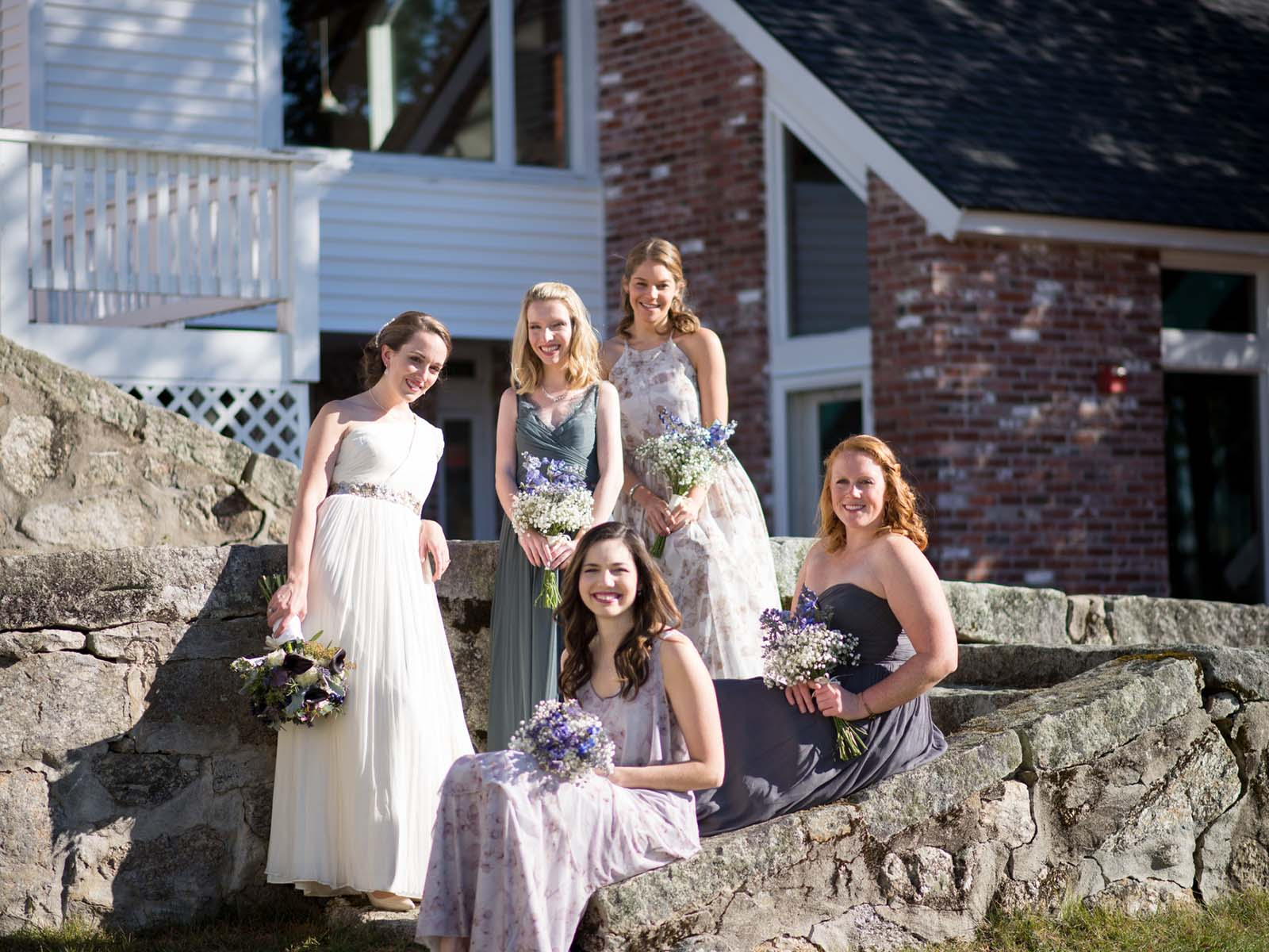 Bridal Party on the New Hampshire Mountain Inn steps.